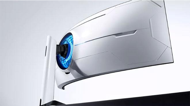 Devasa oyuncu monitörü Samsung Odyssey G9